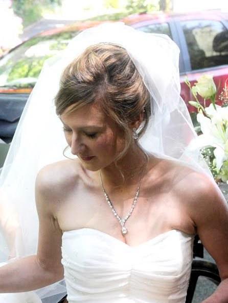Relaxed wedding hair