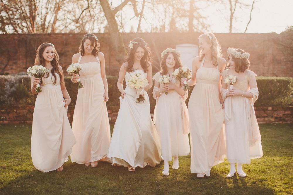 Bride & Her Gorgeous Bridesmaids