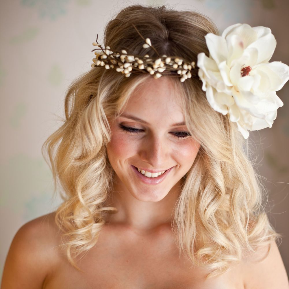 Loose Waves For Relaxed Wedding Hair