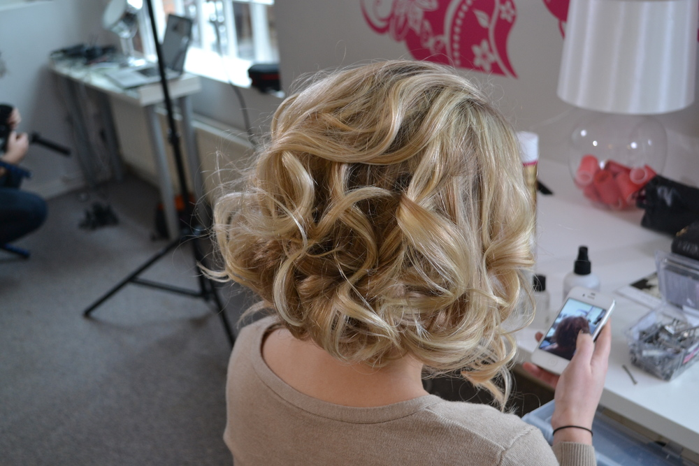 Voluminous Messy Faux bob