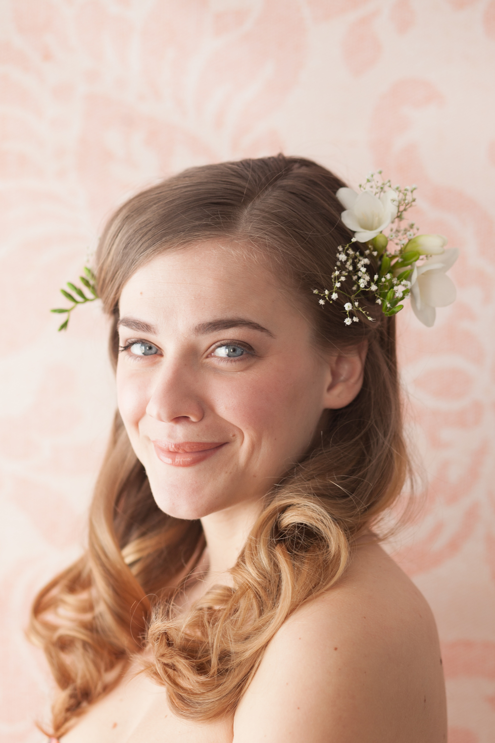 Freesia and gypsophila hair flowers