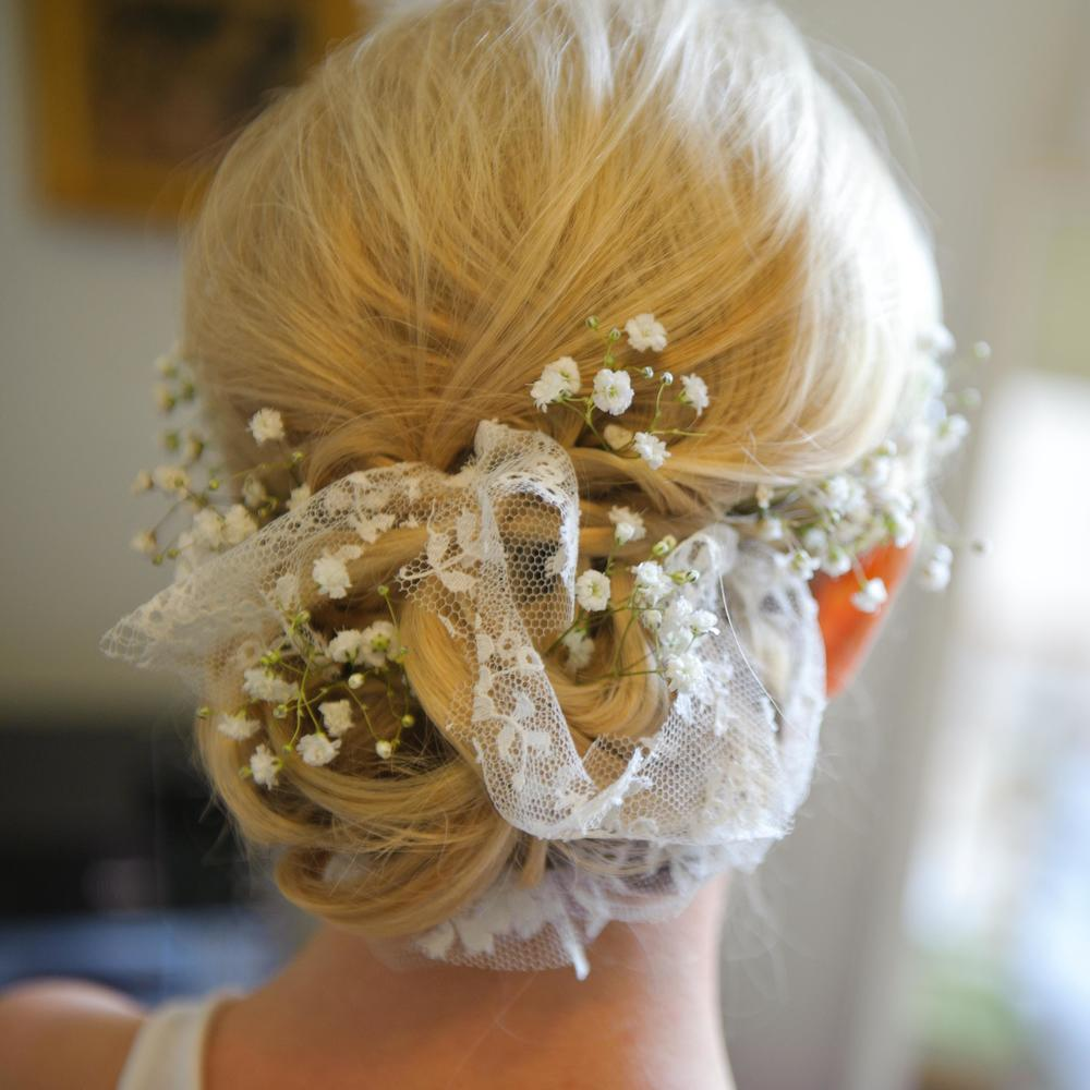 Soft & unstructured wedding hair