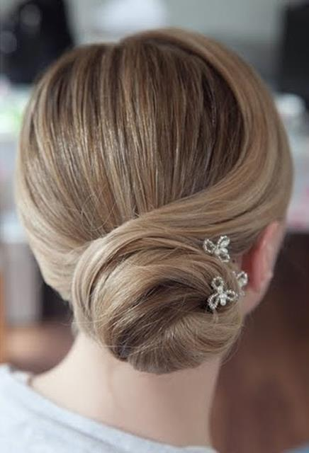Lovehair-low-updo-crystals2.jpg