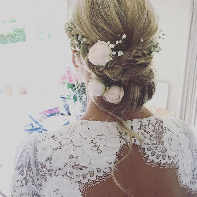When bridesmaids become brides 💘Undone updo for Caroline & her super cool bridesmaids, 2 of which were my past brides so I was riiighhht at home 👯👯👯in fact, if there was another dress.... . . . #icouldactuallybeabridesmaid #squadgoals #weddinghairsurrey #weddingdress #bridalhair  #weddinghairbutcooler #tipiwedding #weddinghairsurrey #weddinghair #flowersinherhair #bohobride #bridealicious #haireducator #haireducation #wedding #weddingdress #surreywedding #lovehair 💋