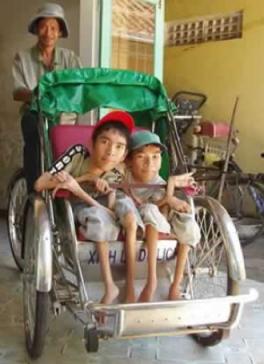 anh-trang-nhan-hoi-anh-orphanage.jpg