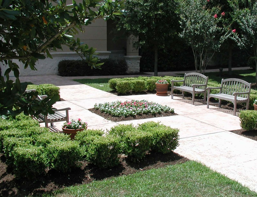 Courtyard Seating Area