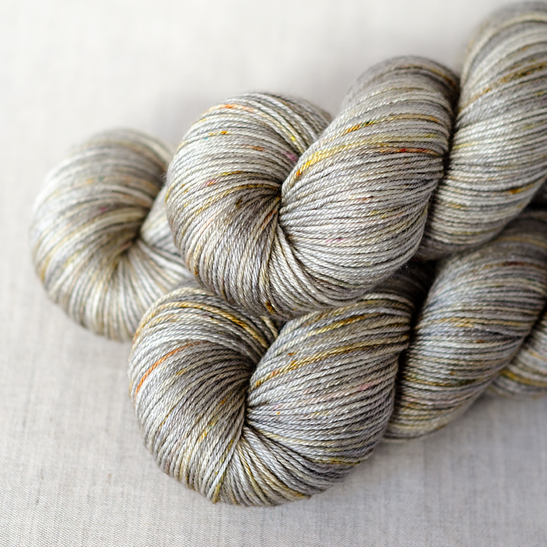 BFL/Silk Fingering - $30 55/45 Superwash British Bluefaced Leicester Wool / Silk Fingering Weight, 4 plies 435 yards / 398 meters Suggested needles: US 1-5 / 2.25-3.75mm Hand wash, dry flat BFL/Silk Fingering is smooth with a bit of shine. It is very similar to 50/50 Fingering, but it has a bit more body.