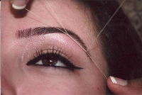 Precise eyebrow shaping by threading