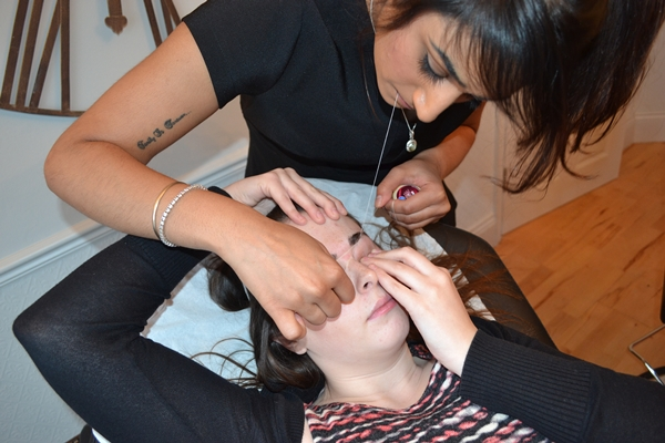 threading eyebrows 8.JPG