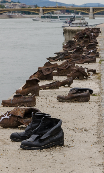 "Memorial, ""Shoes on the Danube Bank"""