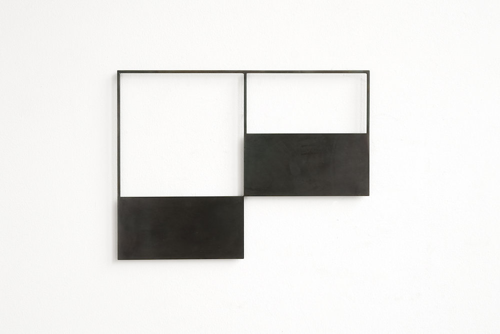 Resonance Shape -2D-4 . 39 x 52 x 0,6cm . burned steel . 2009 . photo: Franz Immoos