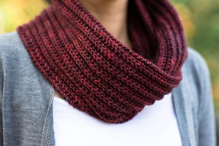 Ruched Cowl Knitting Pattern : // TUTORIALS   VERY SHANNON