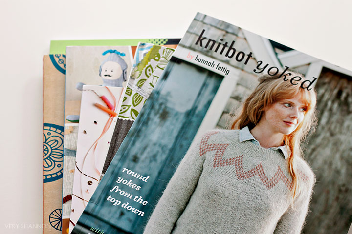 book review || knitbot yoked on luvinthemommyhood.com