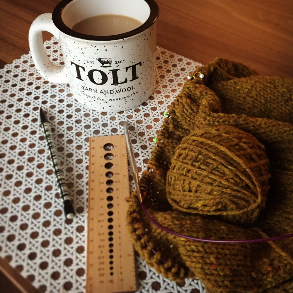 Tolt Yarn & Wool Mug & Brooklyn Tweed Shelter Yarn || VeryShannon.com
