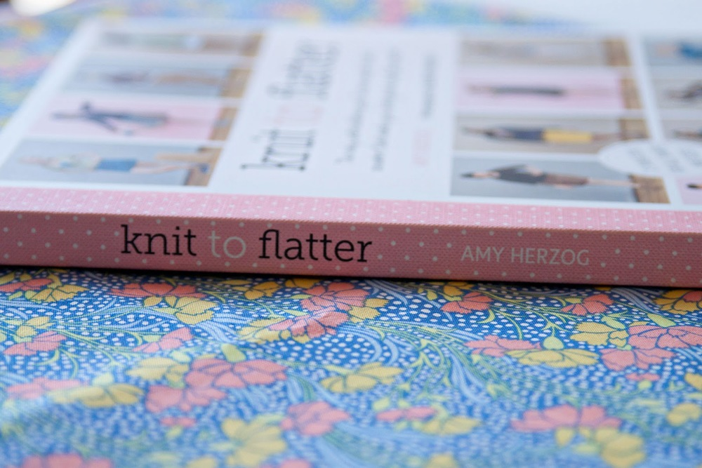 knit to flatter book review on www.luvinthemommyhood.com