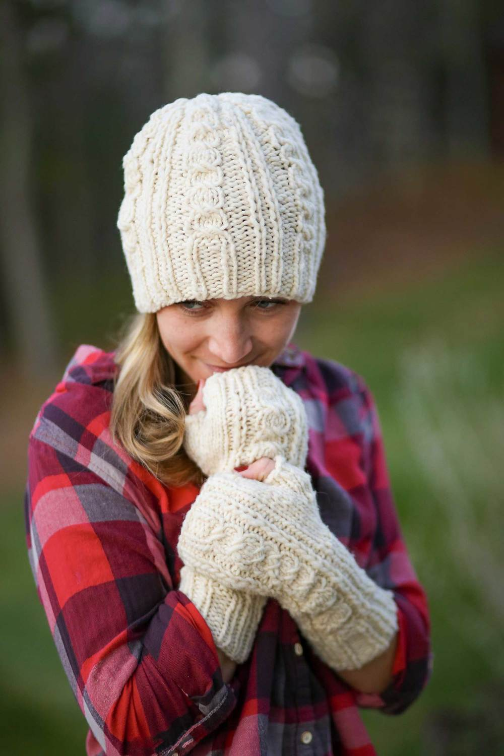 Landslide Hat & Mitts by Very Shannon