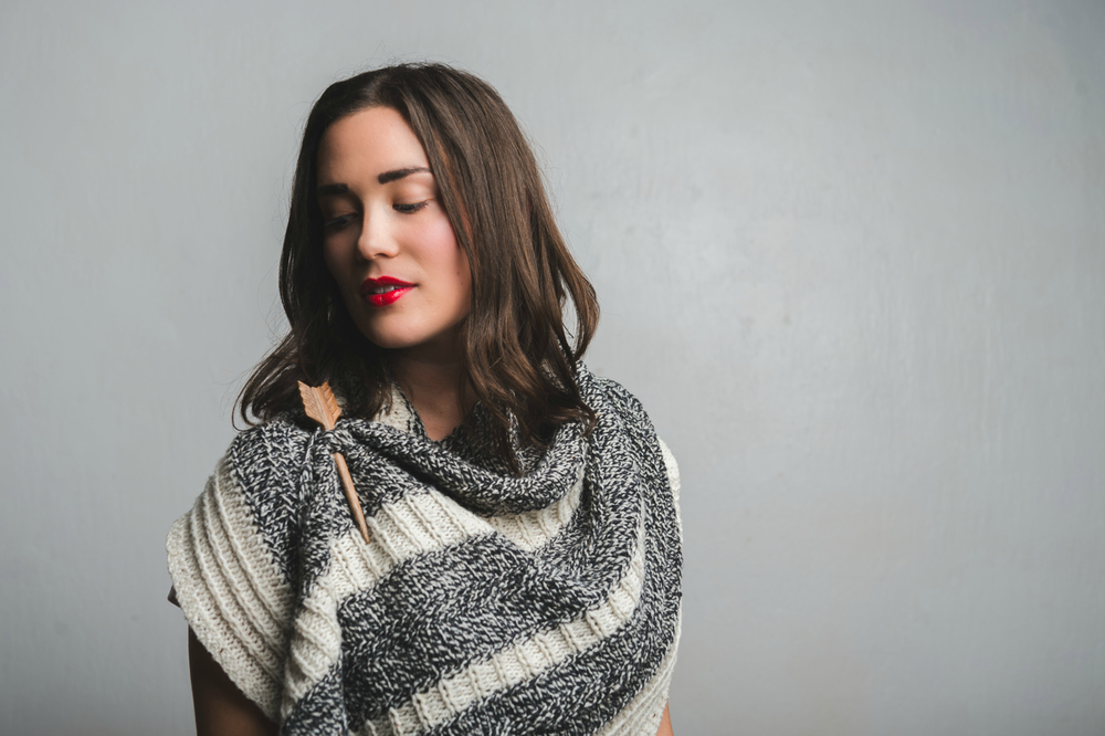 Feyre Shawl knitting pattern by Shannon Cook of VeryShannon #feyreshawl