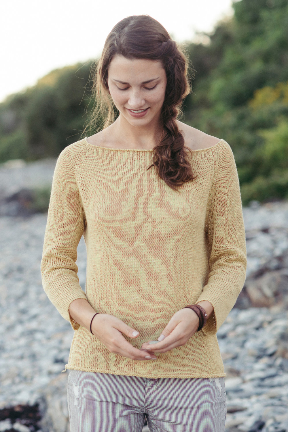 quince-co-gillespie-cecily-glowik-macdonald-knitting-pattern-sparrow-1.jpg