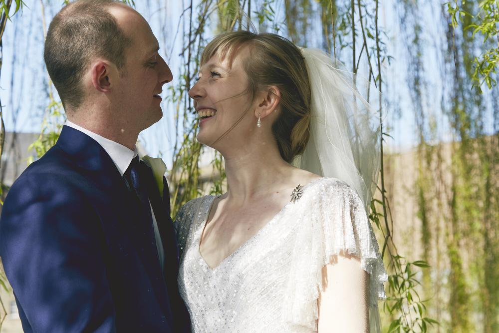 London Wedding Photography | Stoke Newington Town Hall| Sara Lynd | Alternative, Documentary, Natural Wedding Photographer