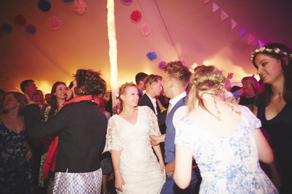 Festival Wedding Photography | Sara Lynd Weddings | Alternative, Documentary, Creative Wedding Photographer based in London