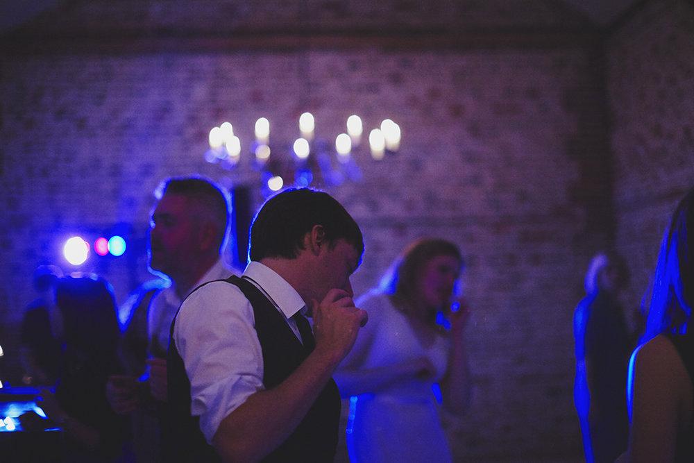 Upwaltham Barns Wedding Photography | Sara Lynd | Alternative, Documentary, Natural Wedding Photographer