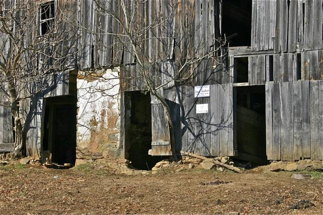 Welbourne barn close-up