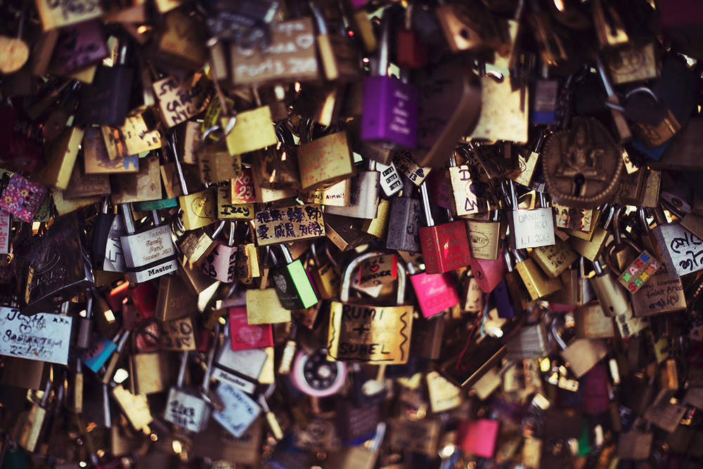 Love locks on Pont des Arts