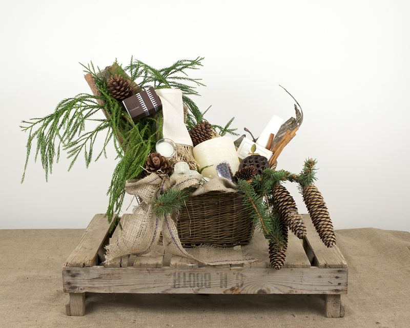 The Centerpiece Basket.jpg