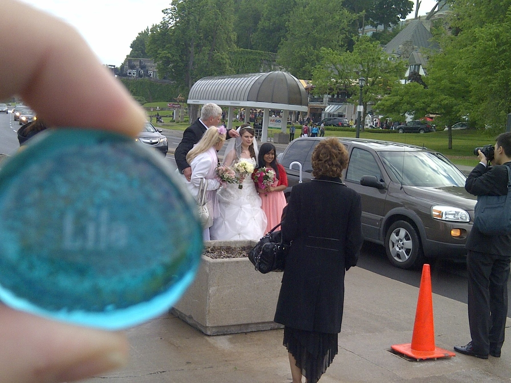 Lila stone with a wedding
