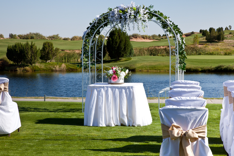 Non-traditional wedding ceremony location - golf course.