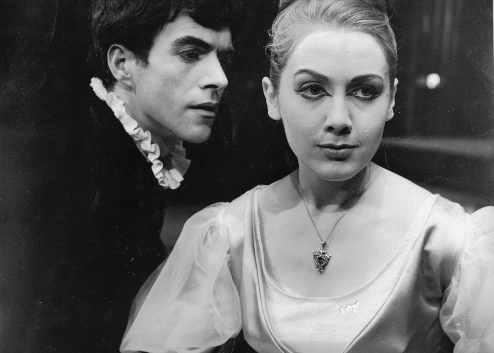 13_John Cairney as Hamlet in 'Hamlet', Glasgow Citizens Theatre, 1960.jpg