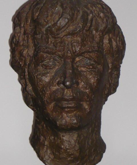 01_Bronze bust by Benno Schotz of John Cairney as Robert Burns 1969 (3).jpg
