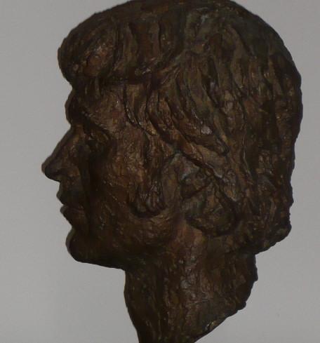 03_Bronze bust by Benno Schotz of John Cairney as Robert Burns 1969 (6).jpg