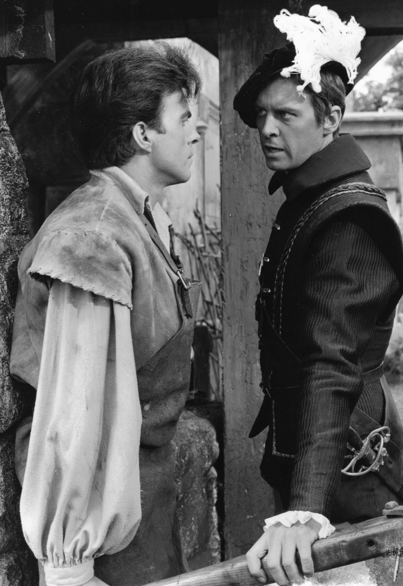 10_John with Barry Warren in 'Devilship Pirates'.jpg