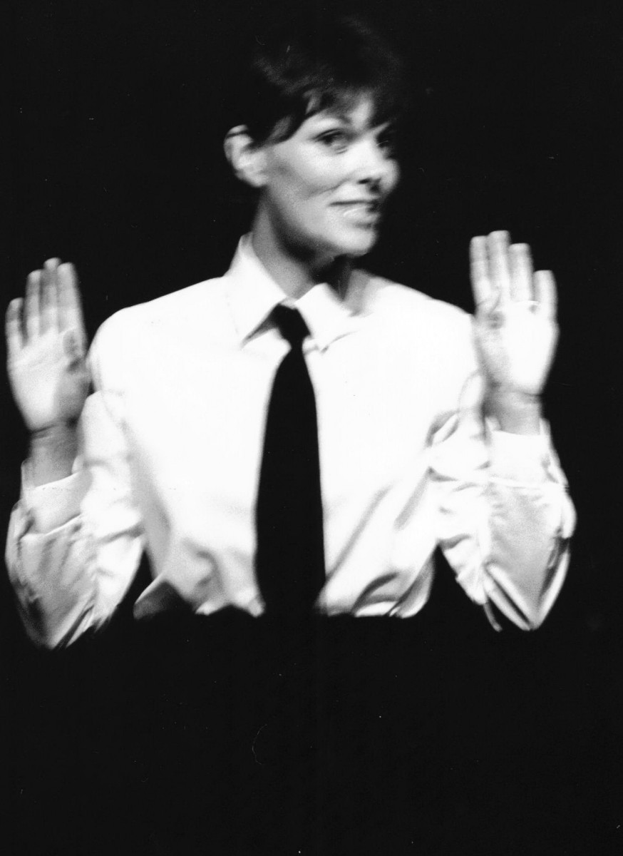 21_Alannah O'Sullivan in 'Blackout' Scottish Tour 1983 (4).jpg
