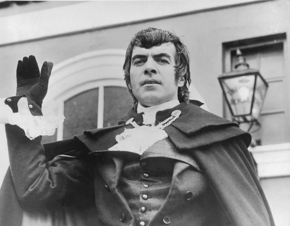 09_Publicity shot of John Cairney as Robert Burns 1965.jpg
