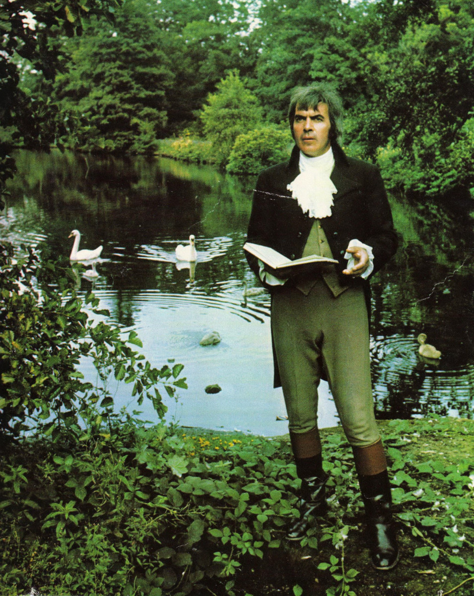 26_John Cairney as Robert Burns, Rozelle Park 1976(1).jpg
