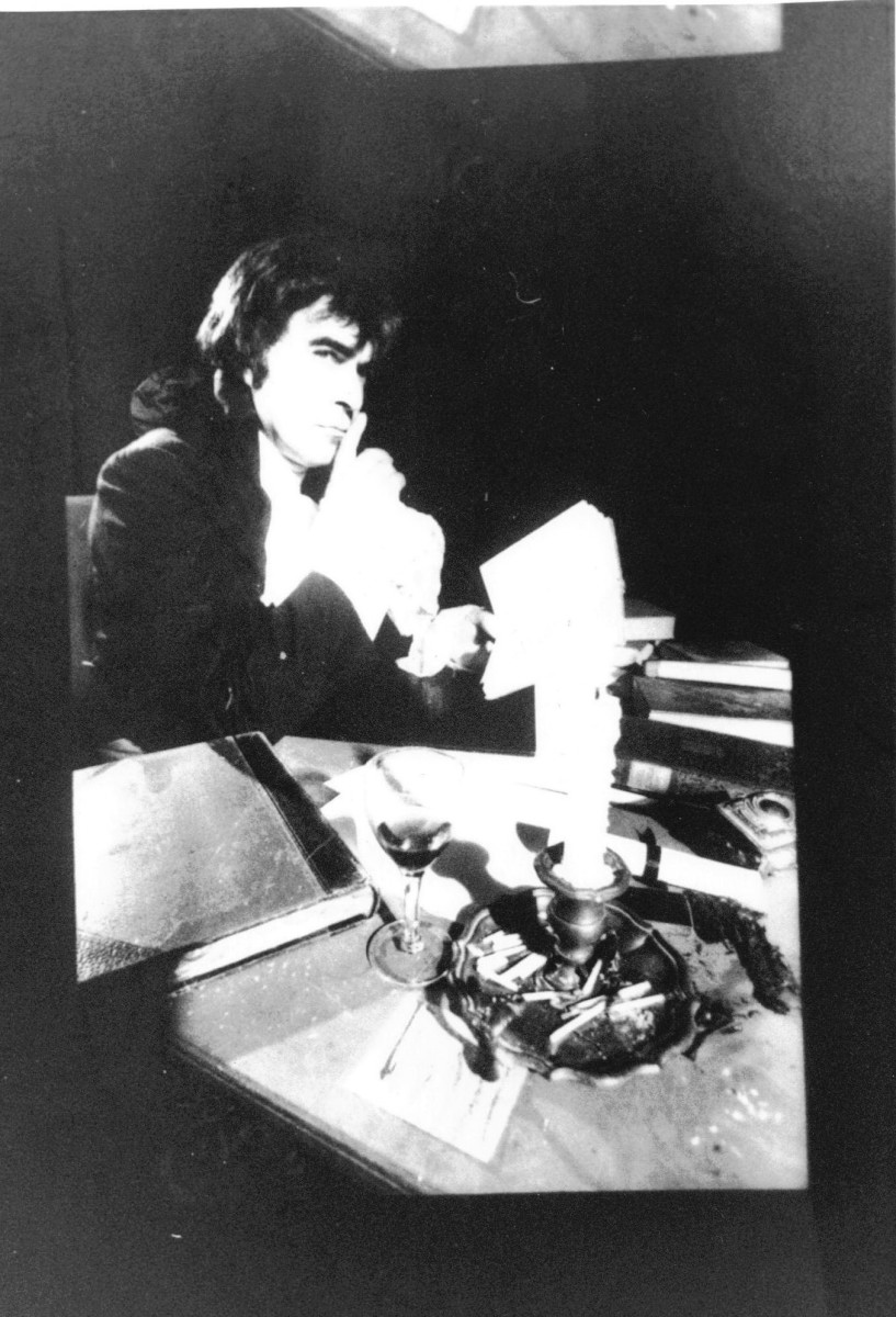46_John Cairney as Robert Burns, Theatre Royal, Newcastle 1965(3).jpg