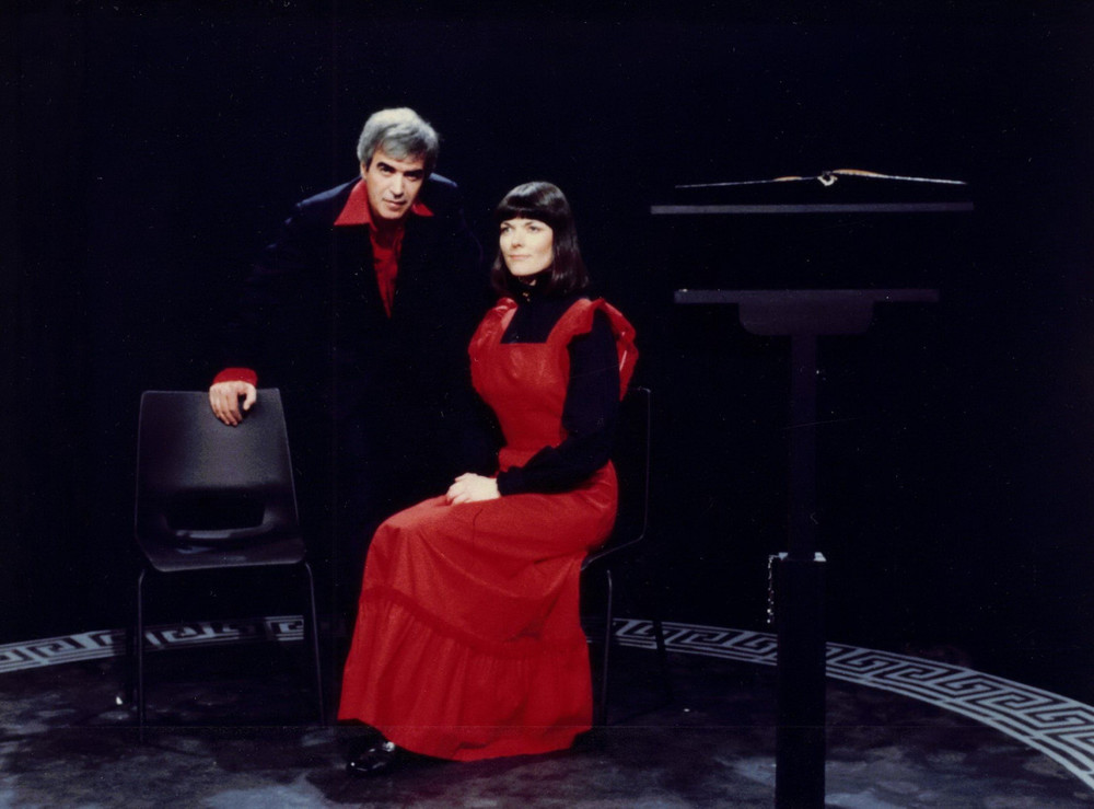 20_John Cairney & Alannah O'Sullivan in 'Two For A Theatre' Border TV, Carlisle, 1979.jpg