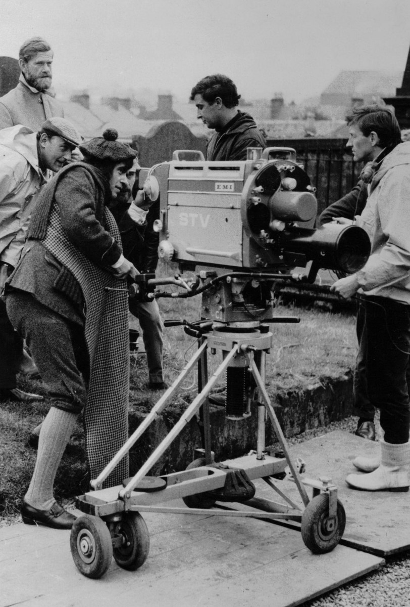 33_John Cairney as Robert Burns filming 'Burns' STV, Glasgow 1968.jpg