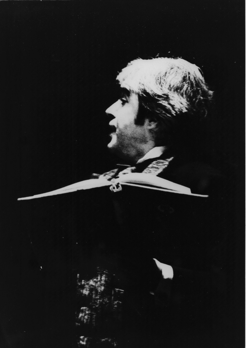 09_John Cairney as William McGonagall in 'The Real McGonagall' c1973 (2).jpg