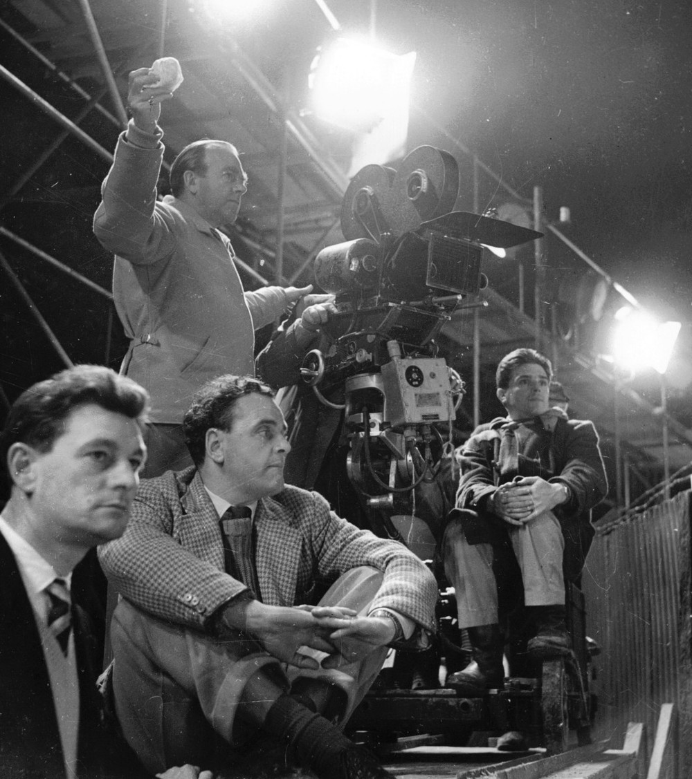26_Ronald Neame, Director, with crew.jpg