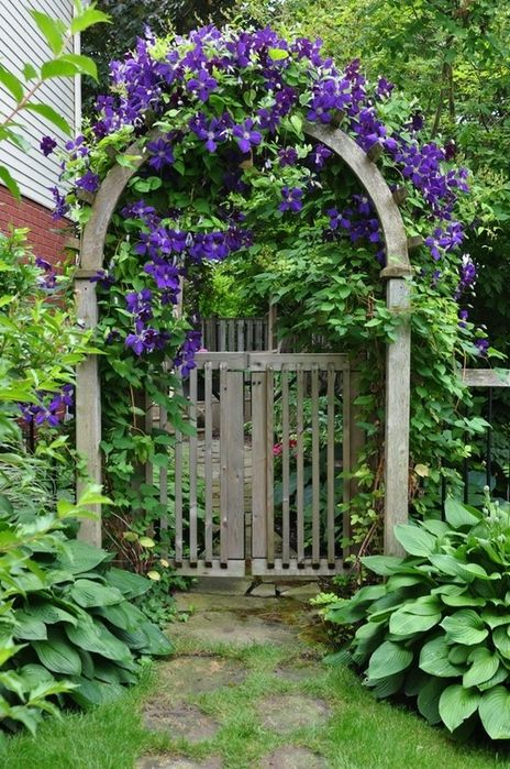 Gorgeous Garden Gates  ~ Style Estate  - 15 Gorgeous Garden Gates