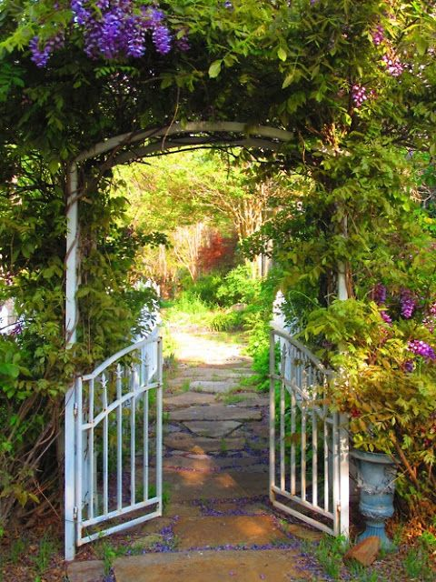 Lady Anne's Charming Cottage: Charming Garden Gateways...  ~ Style Estate - 15 Gorgeous Garden Gates
