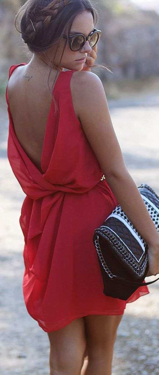 Back appeal! Summer red dress.