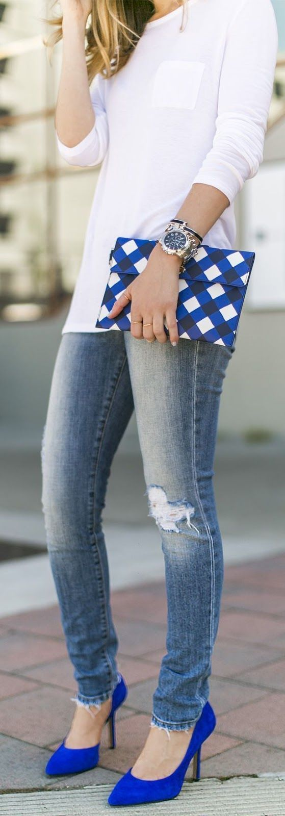 White shirt, denim and matching clutch and pumps.