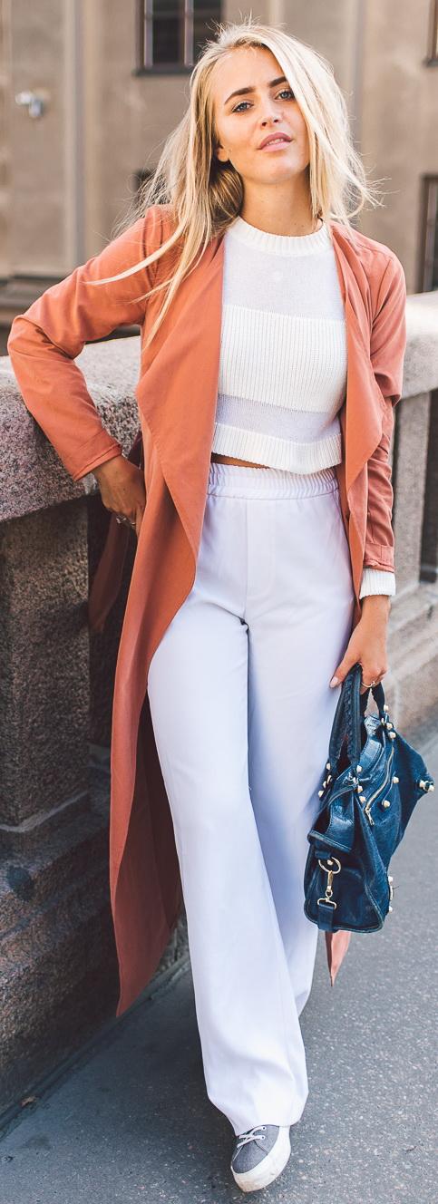 Imso.com top / Zara pants / Balenciaga bag / Nilson shoes
