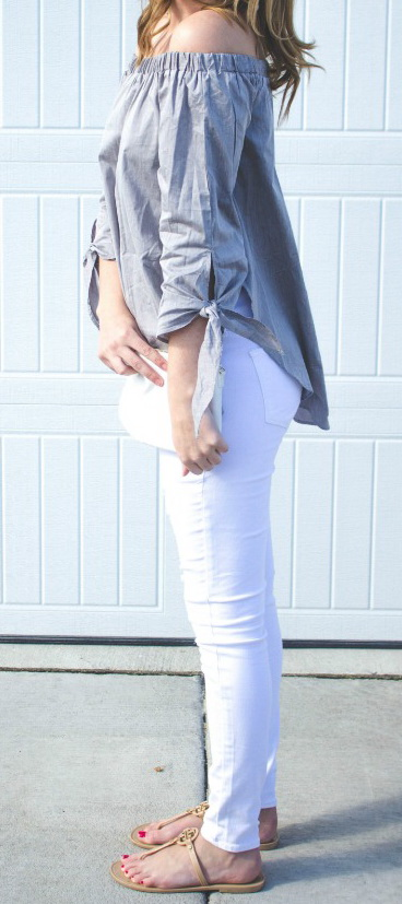 this top paired with white jeans! http://www.alwaysalldressedup.com/
