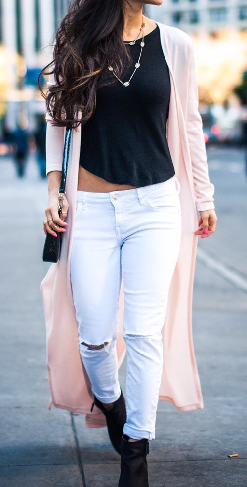 White Jeans Outfit by The Violet Fog http://violetfog.com/outfits-with-white-jeans/