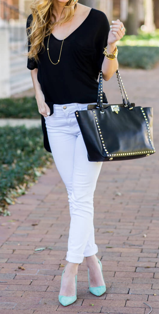 how to dress up a tee shirt, white jeans outfit, white jeans dressed up  http://www.brightontheday.com